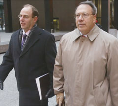 Ron Safer(left) lawyer for Mark Kipnis (right)